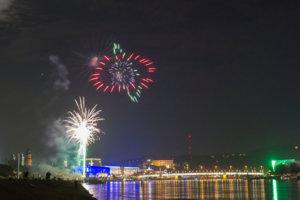 UHM2014-Feuerwerk 183.jpg