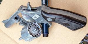 Interpol 38 Metall modifiziert_01.JPG