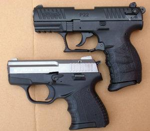 Zoraki 906 - Walther P22Q.JPG