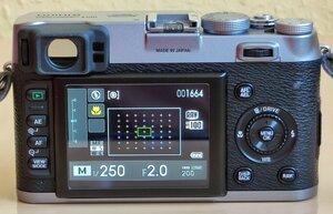 X100 - 15 - Kamera On, Info Display.jpg